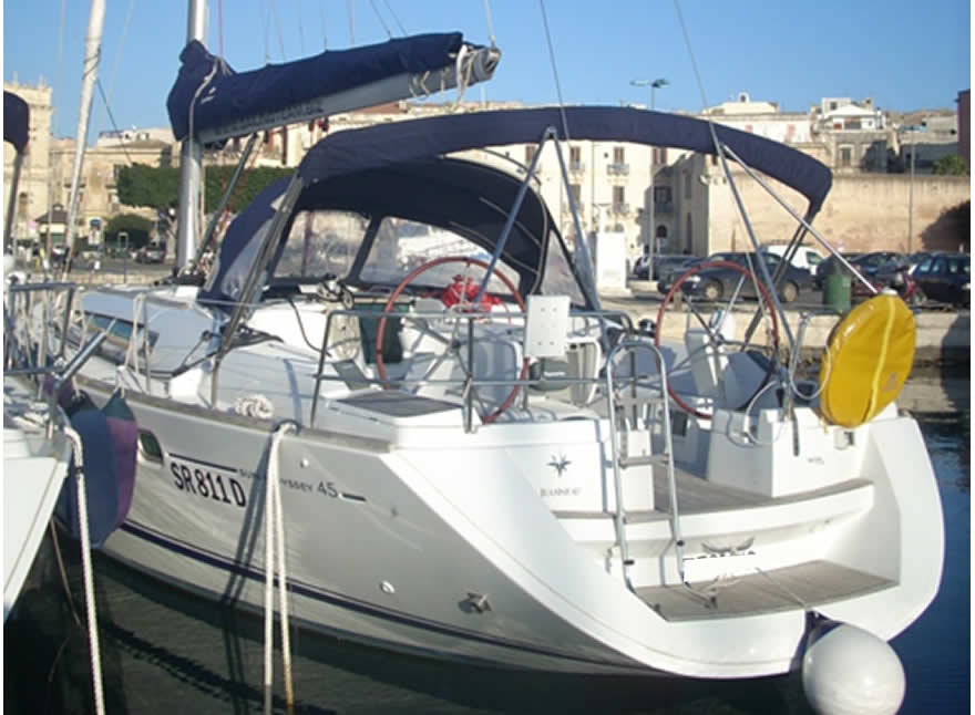 Charter barche a vela - Sun Odyssey 45 vacanza Eolie Egadi Imbarco Individuale