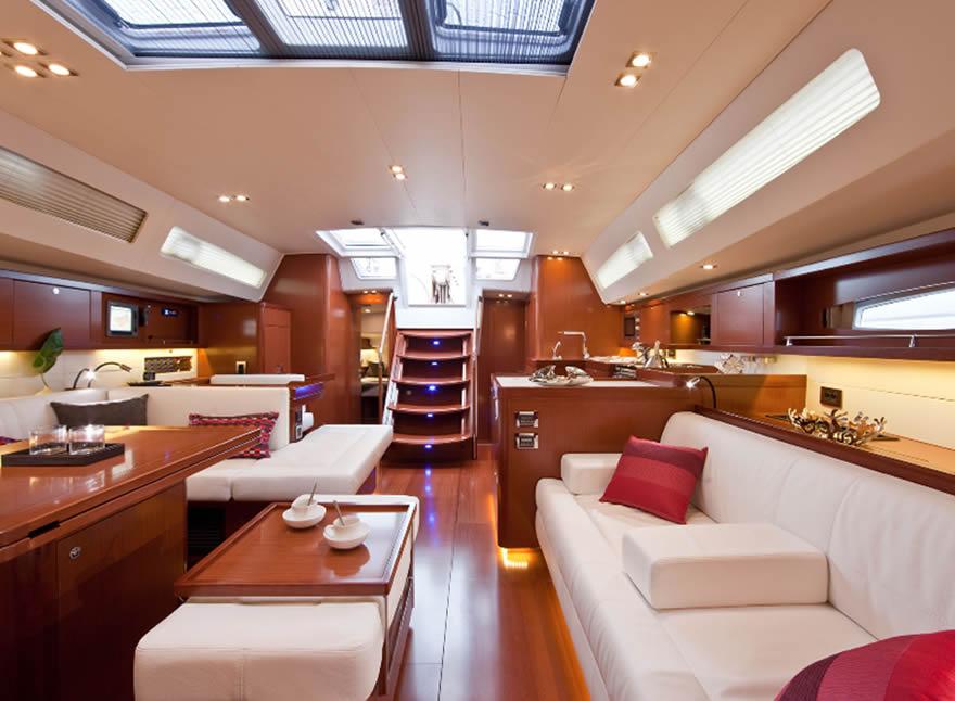 Noleggio Barche A Vela Di Lusso Oceanis 58 Vacanza